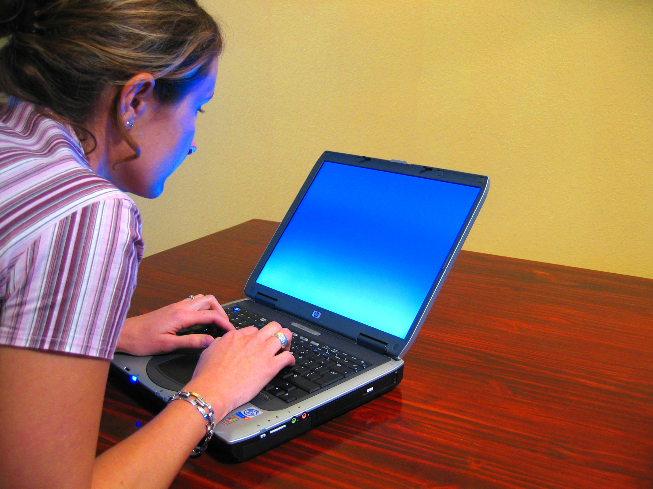 How to Choose the Best Laptops for College Students