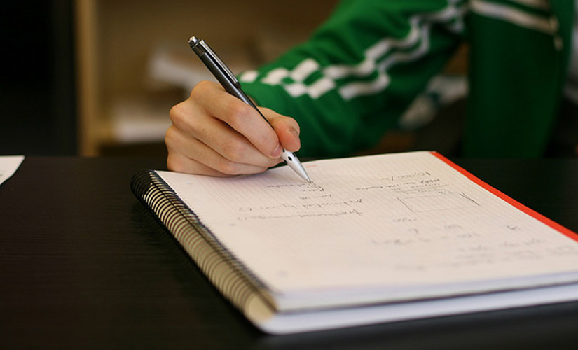 The 5 Best Pens for Taking Notes in Your College Classes
